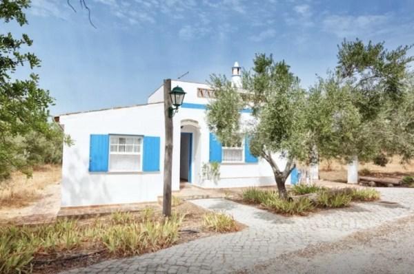 Algarve Tiny Rural Cottage in Portugal 0012