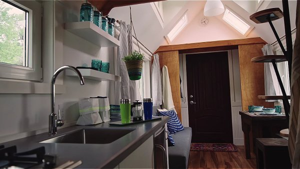An Energy-Efficient Tiny House on Wheels by Zack Giffin 002