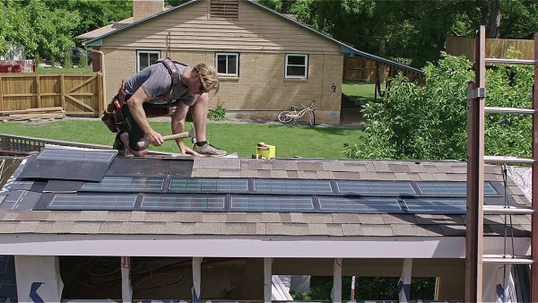 An Energy-Efficient Tiny House on Wheels by Zack Giffin 009