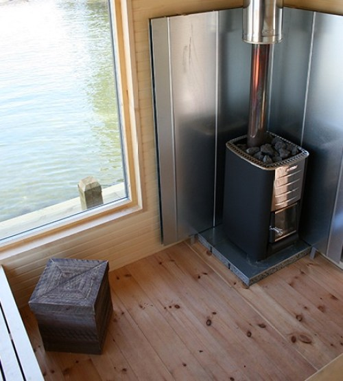 Architect-Designs-Builds-Thoreau-Inspired-Micro-Cabin-for-Client-004