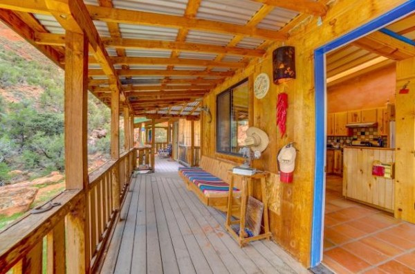 Artsy Tiny Cabin with Amazing Views in Utah For Sale 0016