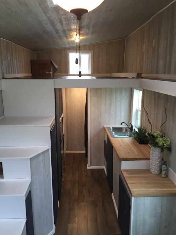bachelors-off-grid-tiny-house-in-nebraska-for-sale-001