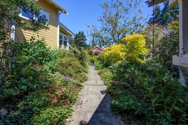 Beltane Cottage at Greenwood Avenue Cottages Community 001
