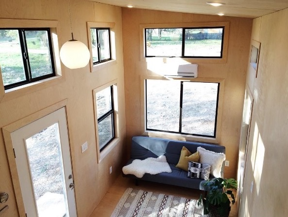 Exceptionnel Black Pearl Tiny House By Nomad Tiny Homes 003