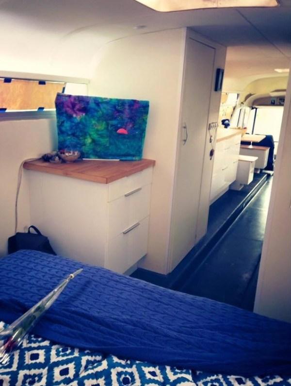 Blue-Bus-Journey-003