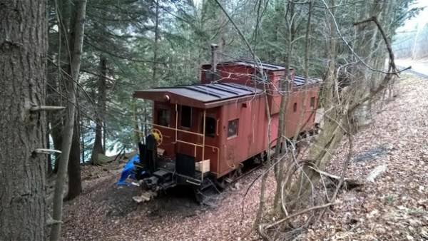 Caboose Cabin in Upstate New York 004