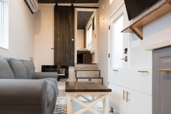 Cayman Tiny House by Tiny Innovations 0010