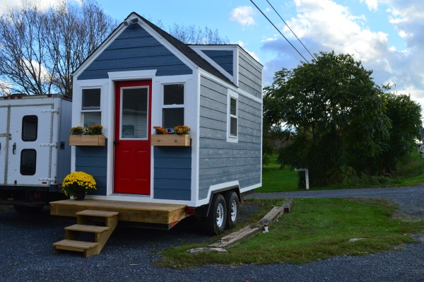 charlotte-tiny-house-for-sale-001