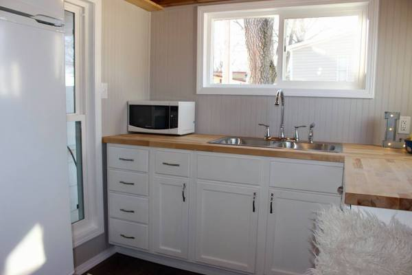 Chic Shack Yellow THOW by Mini Mansions Tiny Home Builders 006