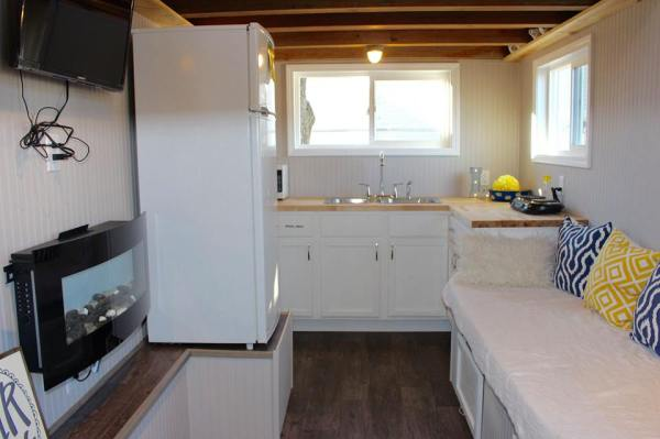 Chic Shack Yellow THOW by Mini Mansions Tiny Home Builders 009