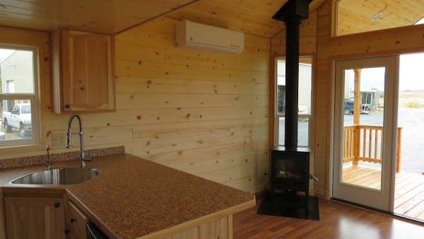 classic-double-loft-from-richs-portable-cabins-4