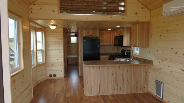 classic-double-loft-from-richs-portable-cabins-6