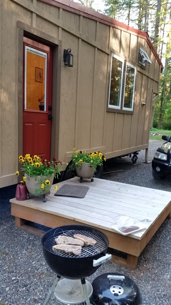 construction-of-the-daniel-miller-tiny-house-002