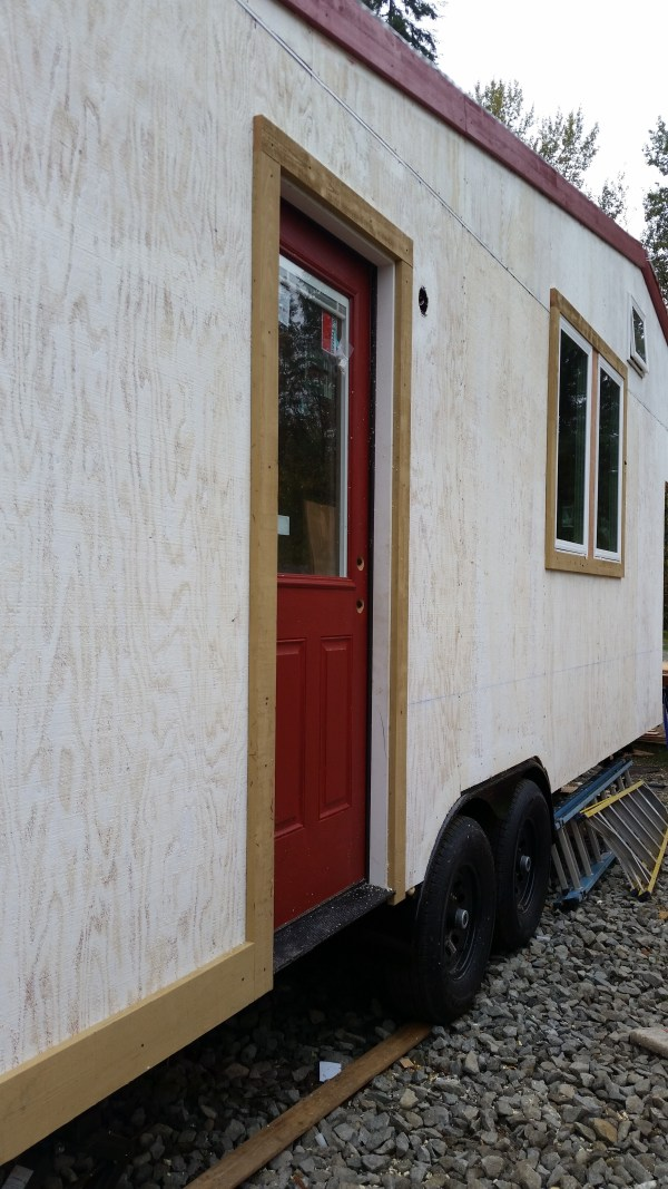 construction-of-the-daniel-miller-tiny-house-012