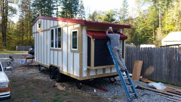 construction-of-the-daniel-miller-tiny-house-013