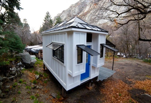 Couple's 192 Sq Ft Tiny House on Wheels in Sandy, Utah 0013