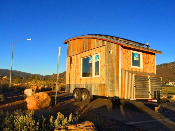 Curved Roof Tiny Home 001