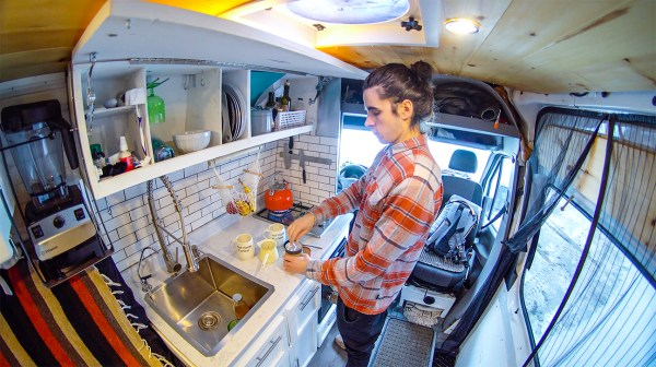 Eamon and Bec – Camper Van Life – Exploring Alternatives 1