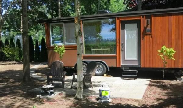 Escape Vista Tiny House Vacation in Oregon 008