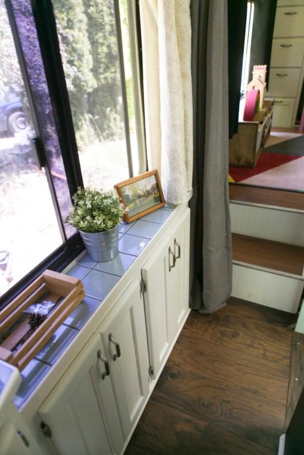 Familys Bus Tiny Home 0037