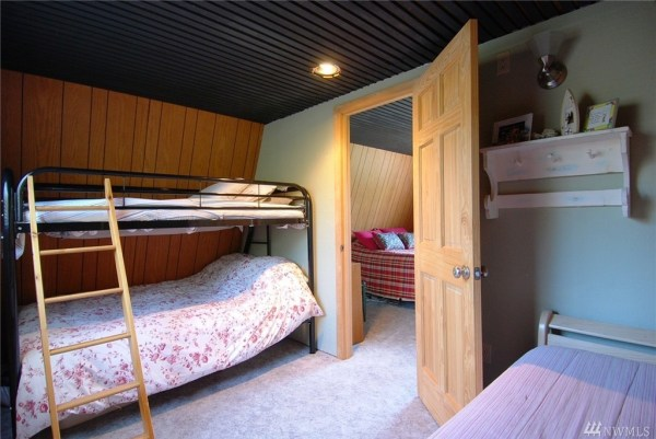 Grapeview Cabin 006
