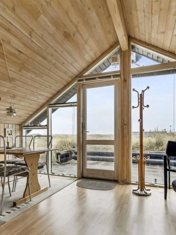 Grass Roof Cottage-009