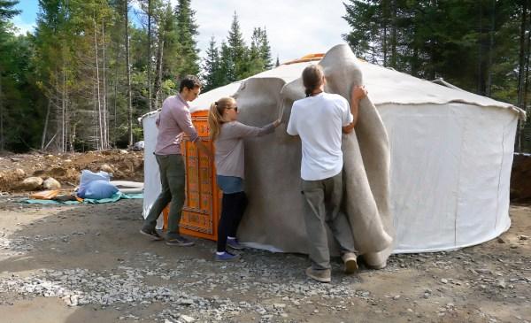 groovy-yurts-mongolian-yurt-set-up-2-exploring-alternatives