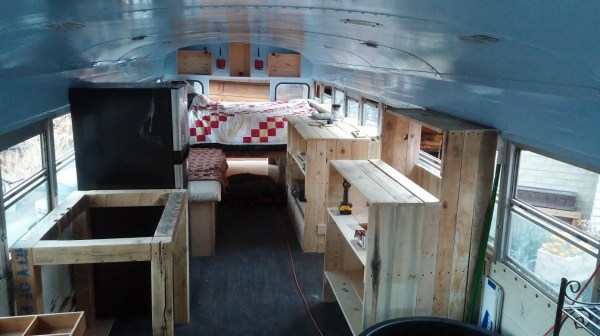 Husband-and-Wife-Bus-Project-002