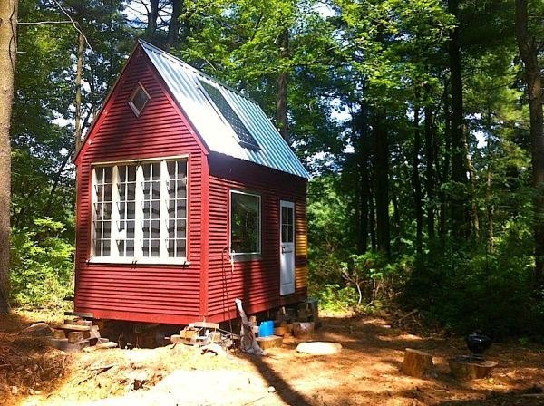 Ians 100 Sq Ft Little Timber House Solar Panels
