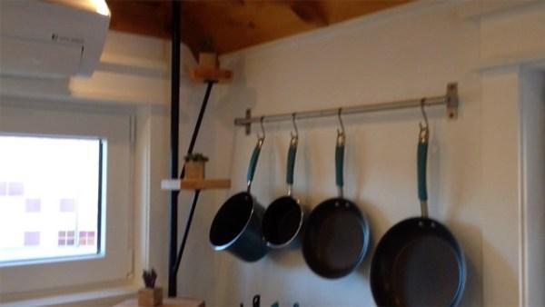 J_Kitchen_pot_rack