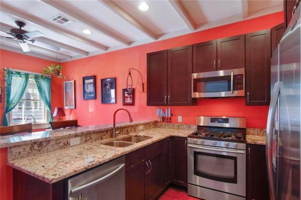 Jewel Box Cottage in NOLA For Sale 004
