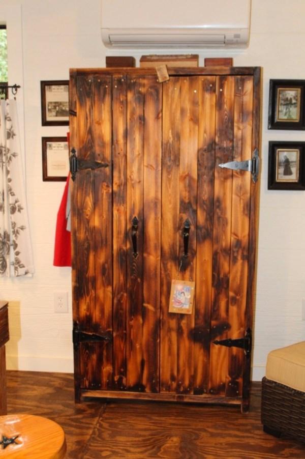 Kathys 16 x 28 Tiny Cottage in Texas 0010
