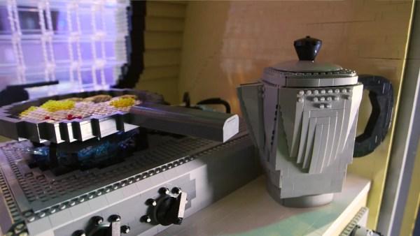 LEGO Brick Caravan 005