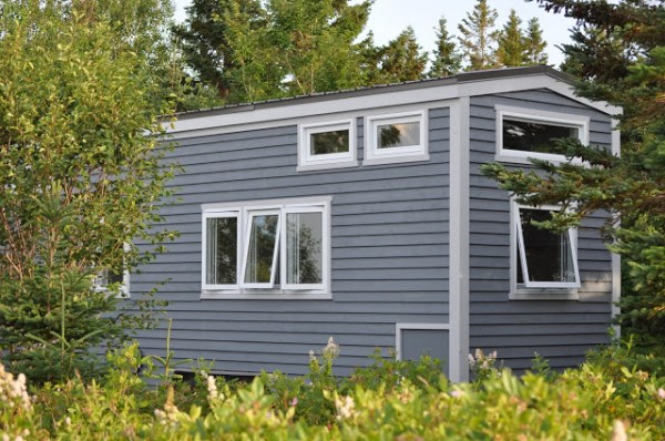 LGV Tiny House by Full Moon Tiny Shelters 008