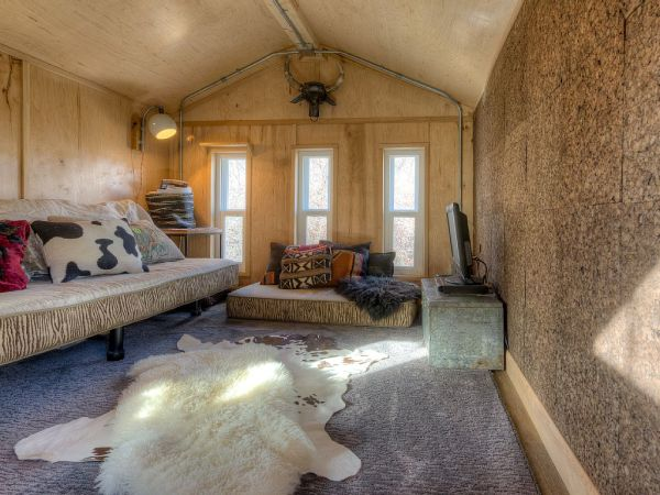 Lewis & Clark's Tiny House Vacation Rental 0013