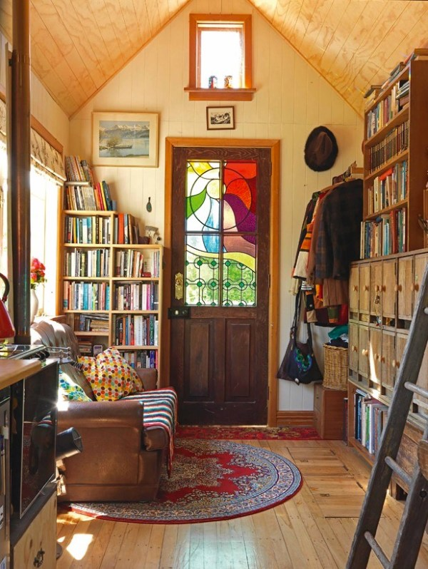 Lily's 150 Sq. Ft. Tiny House on Wheels in New Zealand 002