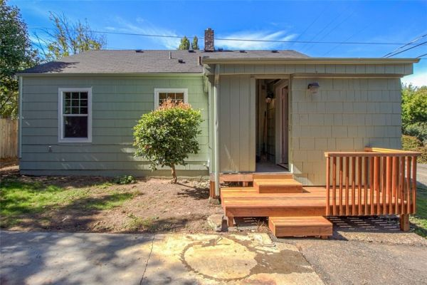 little-bungalow-in-olympia-for-209k-014