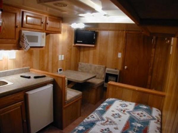 Living in my Box Truck by Bill Cogar II via TinyHouseTalk-com 007