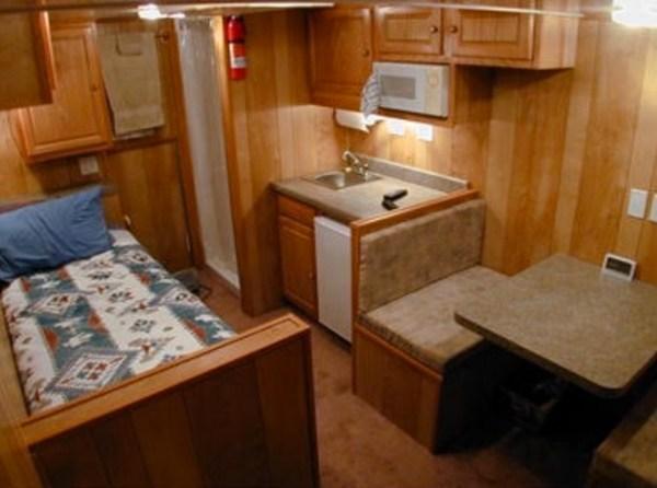 Living in my Box Truck by Bill Cogar II via TinyHouseTalk-com 008
