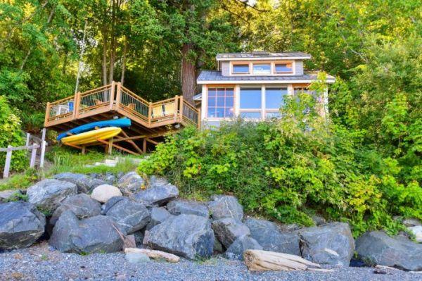 Lummi Island Cottage 0019