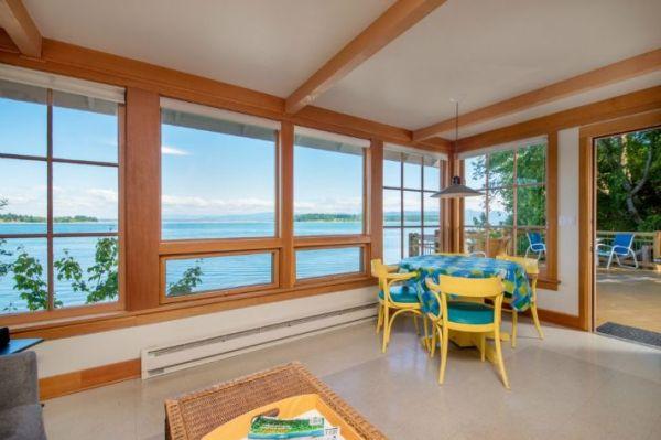 Lummi Island Cottage 004