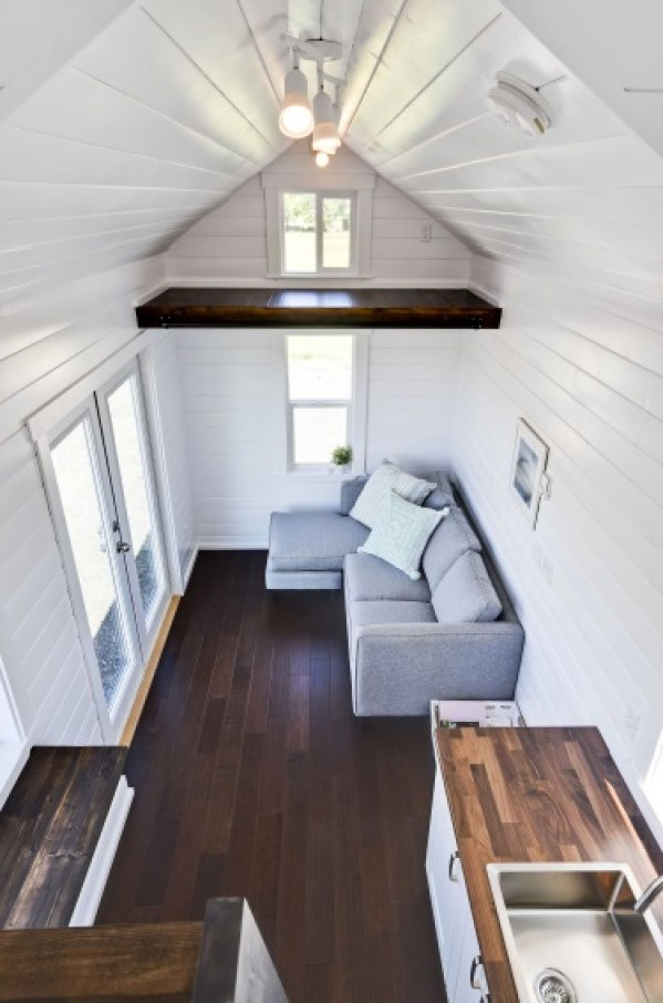 Luxury Mint Tiny Home 006