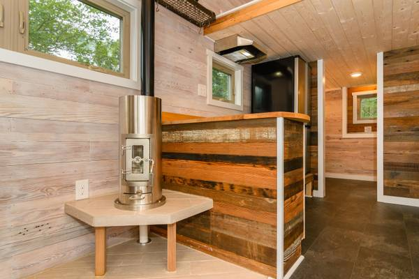 luxury-tiny-house-for-sale-in-asheville-007