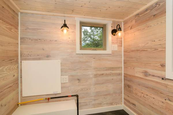 luxury-tiny-house-for-sale-in-asheville-014