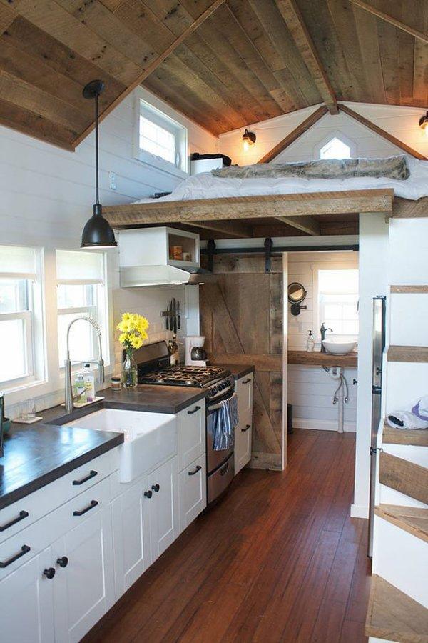 modern-farmhouse-by-liberation-tiny-homes-002