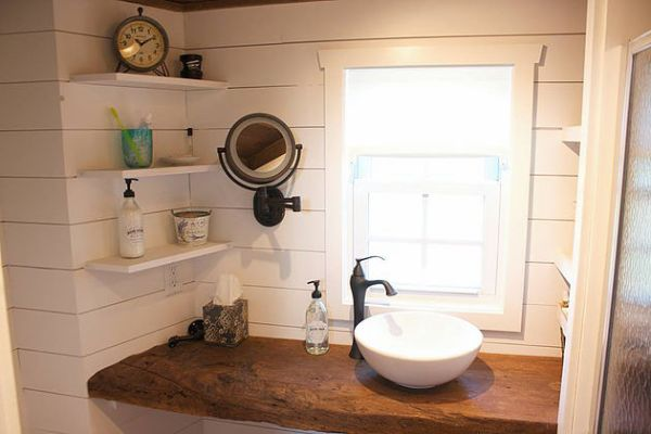 modern-farmhouse-by-liberation-tiny-homes-005