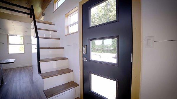 Modern Tiny House by Innovate Tiny – 28ft Catalina 0012b