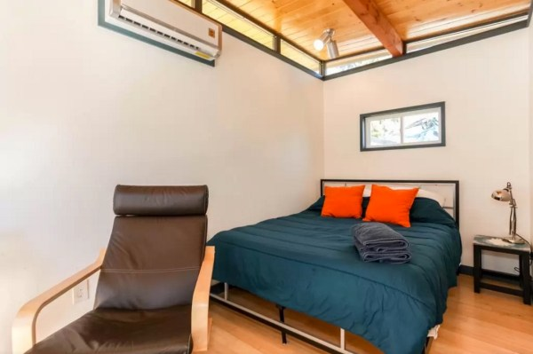 Modern Tiny House in Austin 003