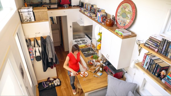 Mother Daughter Tiny House – Exploring Alternatives 5