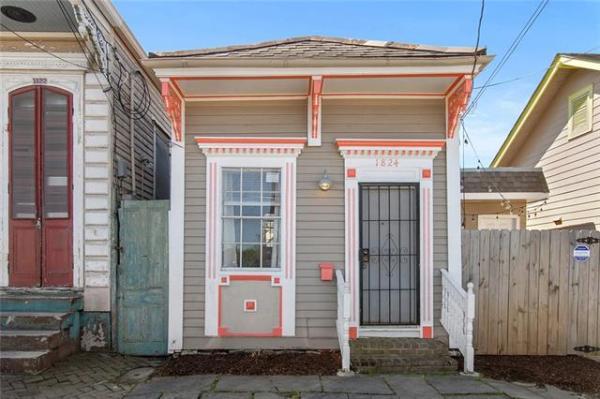 NOLA Tiny House For Sale 001